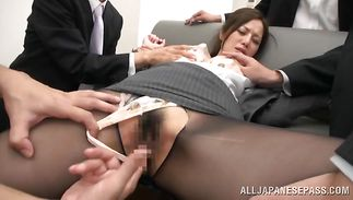 Glamor mature Minami Asano has a lovely ride on a large meat