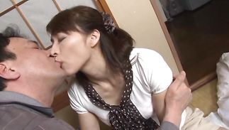 Slender lady Hisae Yabe with large wazoo gets drilled in a close-up shot