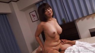 Lustful bosomed Kaori is eager to suck a large dick