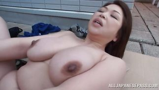 Filthy busty babe Natsuko Kayama fucked on the shaggy couch hard