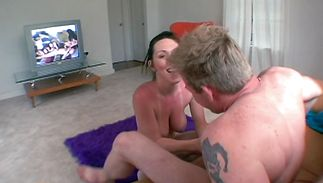 Naughty mature Ray Veness got fucked from the back got fucked from the back befre she got a spunk flow