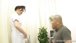 Succulent mature maiden likes to repeatedly jump on a pulsating meat bazooka
