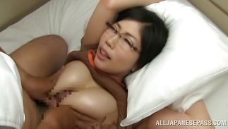 Busty mature Chihaya Yutsuka gives her horny cunny for a pumped up hunk
