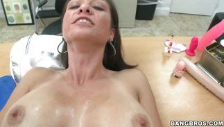 Adorable cougar Karrlie Dawn is having a great sex adventure with his stick