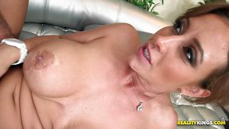 Topnotch brown-haired Eva Notty gets screwed by a hunk