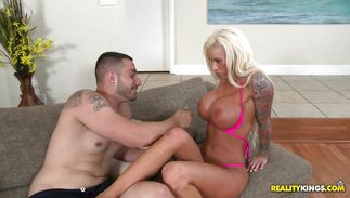 Playsome mature blonde floozy Lolly Ink got fucked like never previous to