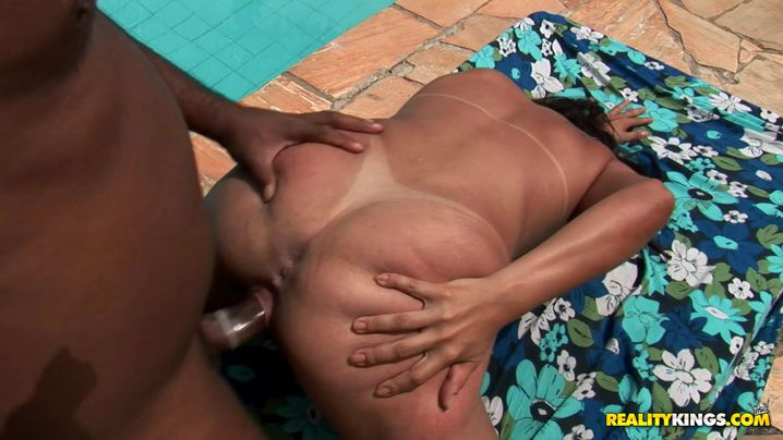 Attractive latin brown-haired girl Vick gets her meaty cunt pounded with vigor